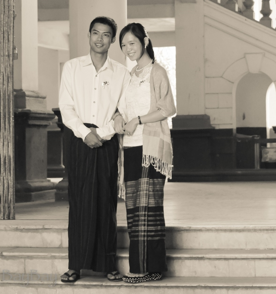 Phyoe Phyoe Aung and husband Lin Htet Naing after they signed their wedding vows, at Yangon Region High Court, Myanmar. @BayBay